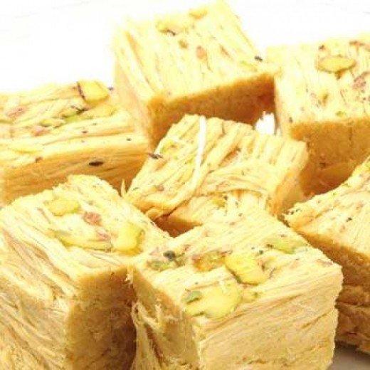 Madhura Sweets - Soanpapdi